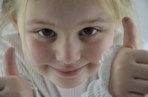 girl-1532519_640